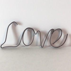 ❤️ Rustic Metal 'Love' Sign